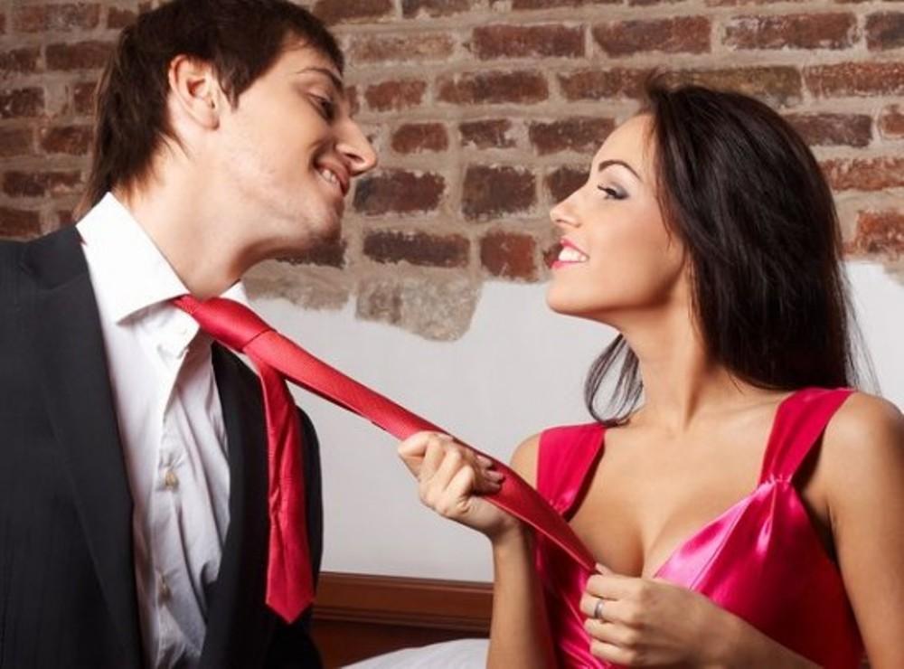 Мужчина отдаляется перед тем как сделать предложение