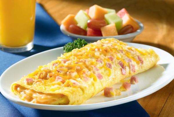 kak-prigotovit-omlet-na-skovorode-foto